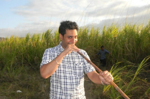 Kamal heer Is Eating A Sugar Cane