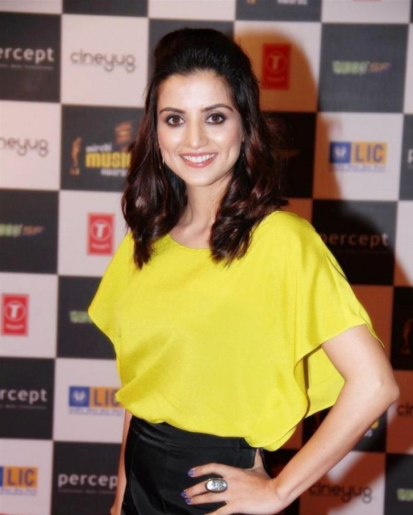 Kulraj Randhawa In Yellow Top