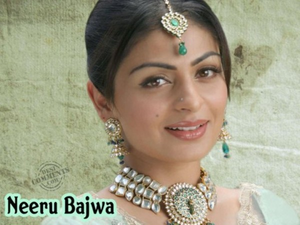 Neeru Bajwa Looking Beautiful