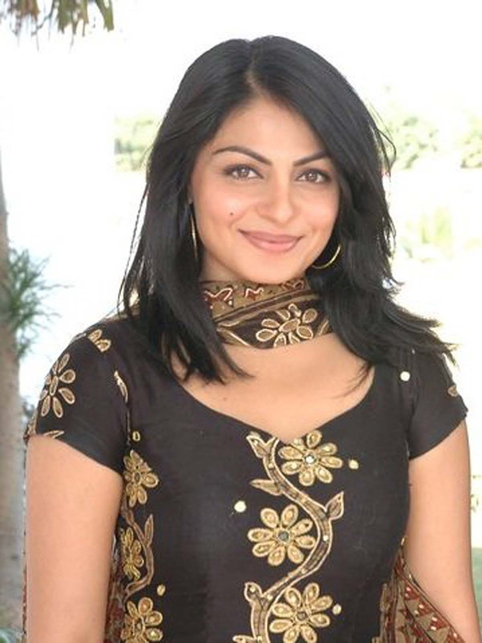 Neeru Bajwa Pictures And Images