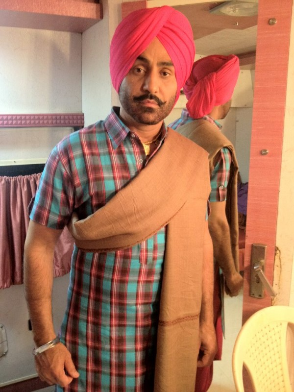 Sarbjit Cheema In pink Turban