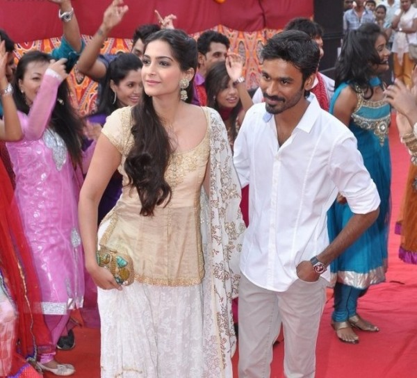 Sonam And Dhanush In The Promotion Of Ranjhana Movie